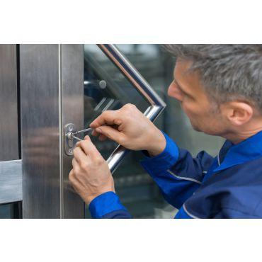 Schlüsseldienst / Aufsperrnotdienst täglich von 6 - 21 Uhr